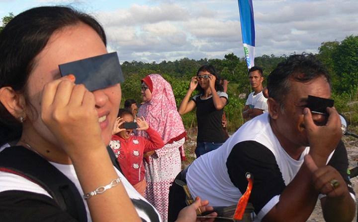 éclipse de soleil Belitung Indonésie