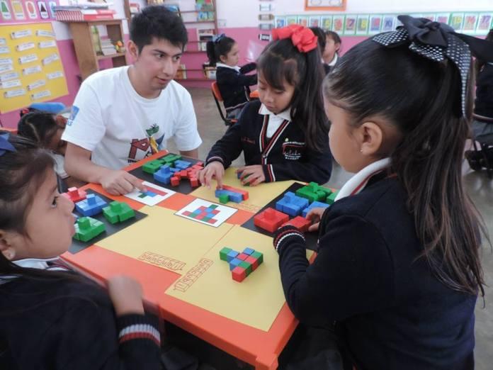 Alumnos de las facultades de Psicología, Pedagogía y Contaduría y Administración participaron en el proyecto