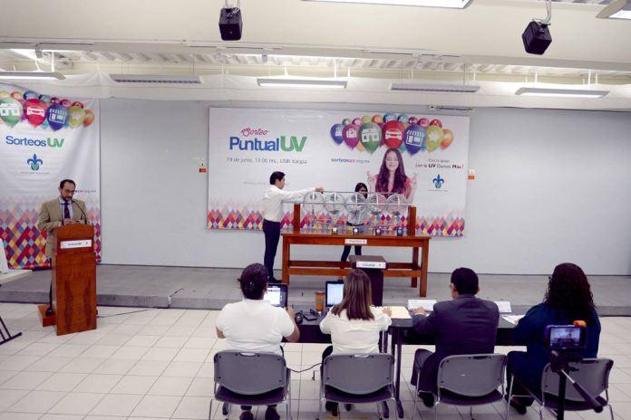 Fundación UV premia a sus colaboradores con el Primer Sorteo Puntual