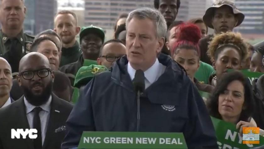 Photo of NYC Mayor Bill de Blasio announcing his Green New Deal