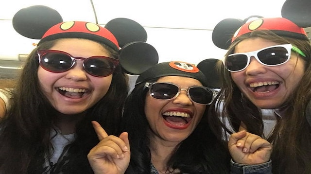 Blogging for a Living Wholly Art Crew in Mickey Mouse Hats