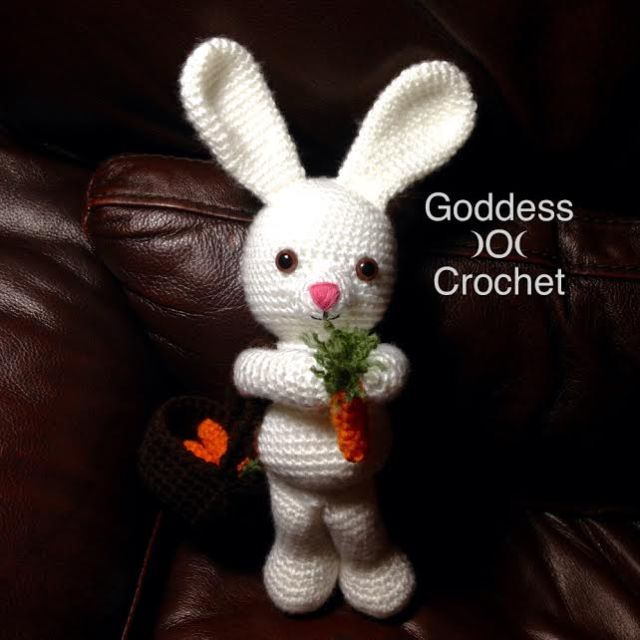 Free Crochet Pattern - Amigurumi Rabbit