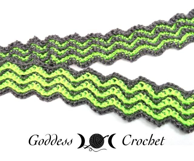 Free Crochet Pattern - Skinny Ripples Scarf