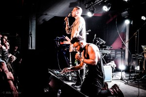 Young_Fathers_-4