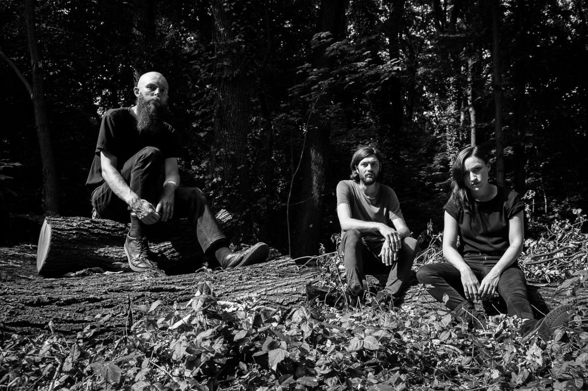 NEWS: Esben and the Witch are steaming 'Older Terrors' and have announced new UK tour dates