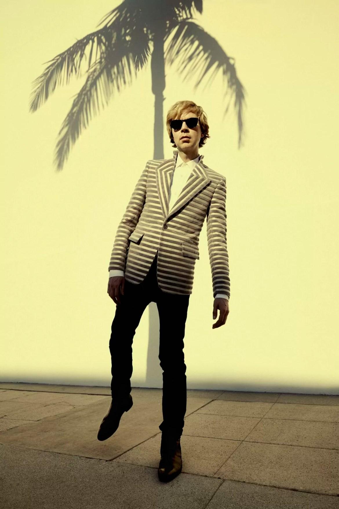 NEWS: Beck unveils new single 'Dark Places'