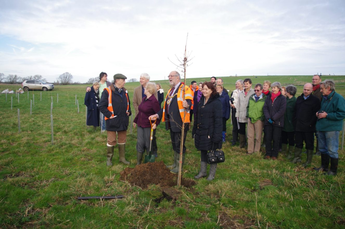 GMCiB Tree Planting at the Country Park 18 Dec 15 011
