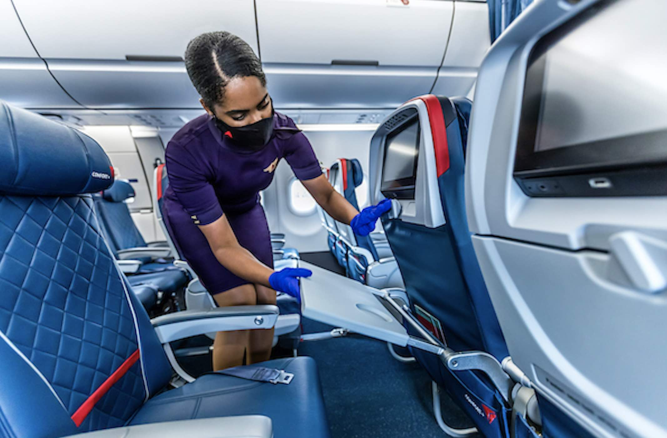 "It Looks Like Delta's ""Middle Seat"" Gamble Paid Off"