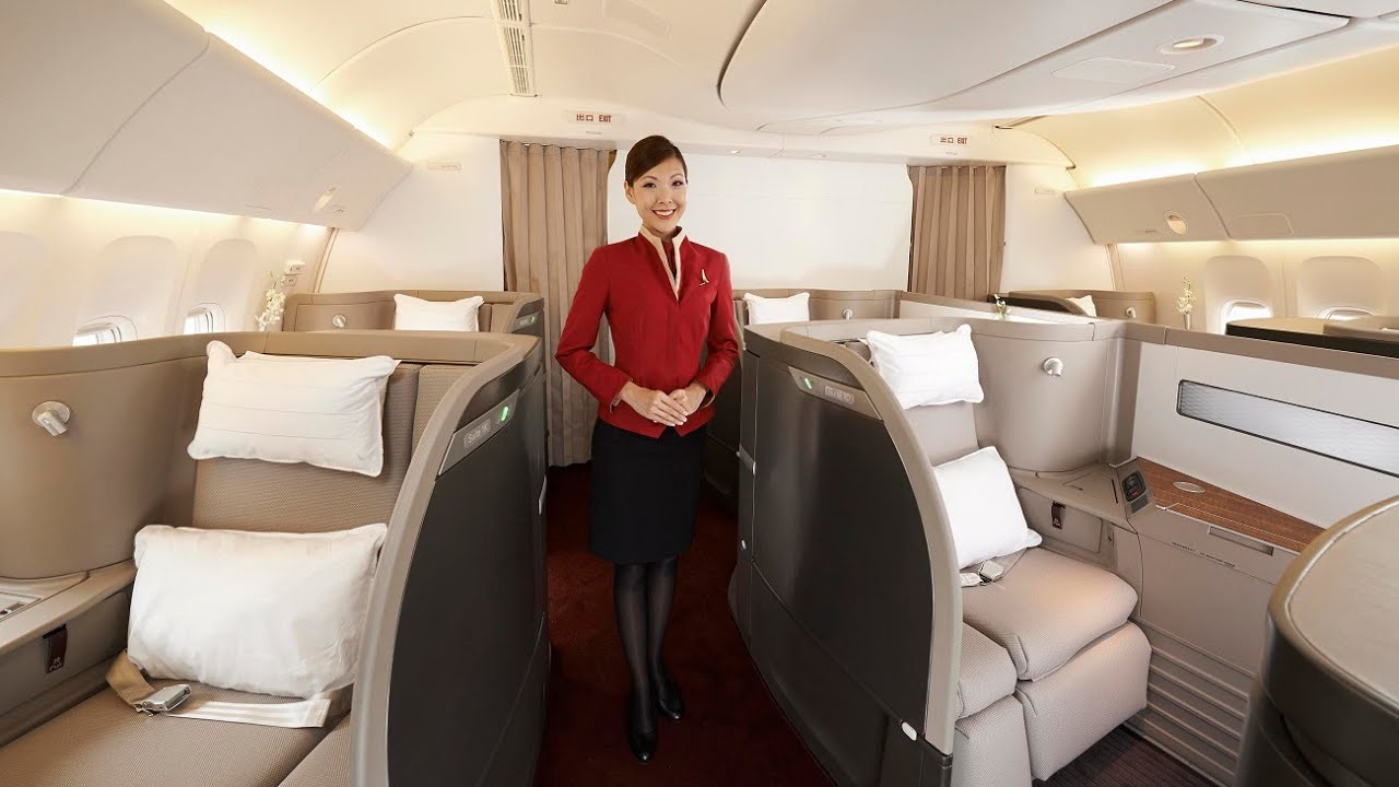 Major Airlines Drop Mask Requirement For First & Business Class