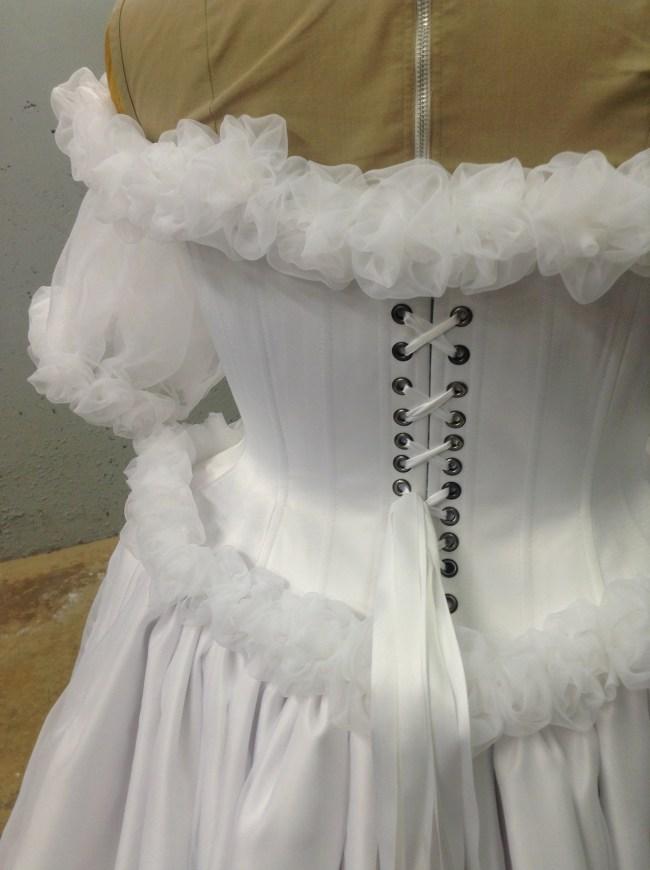 GSTQ Fashions: Sailor Moon Wedding Detail