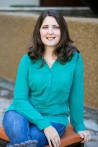 Laura Pratt headshot final