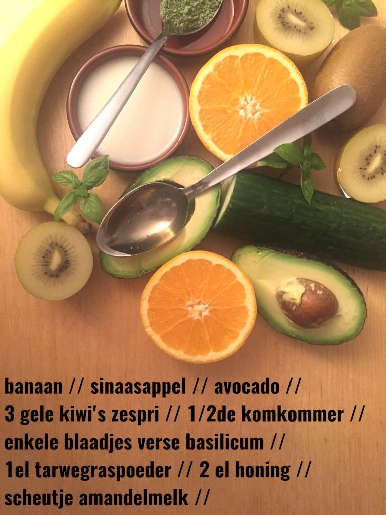 ingredienten voor groene smoothie breakfast healthy ontbijt