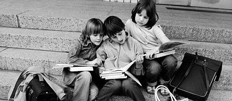 Noch vor nicht allzu langer Zeit war der Grat zwischen Ideal und Ideologisierung in der Kinder- und Jugendliteratur schmal.
