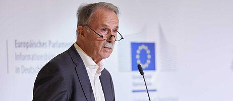 Klaus-Dieter Lehman bei seiner Impulsrede zum Auftakt der Konferenz