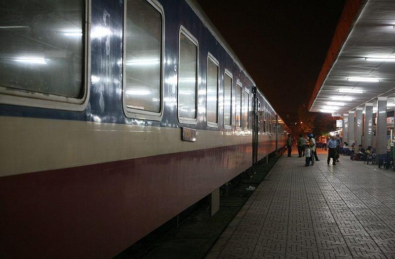 Getting from Hanoi to Halong Bay by train