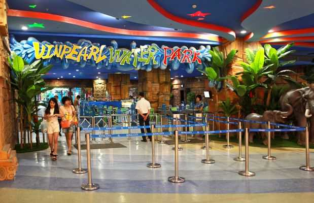 Vinpearl WaterPark Hanoi is the first indoor water park in Vietnam and also the largest water park in Southeast Asia with a large scale and international standards.(Vietnam Amusement Parks)
