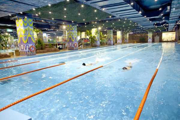 Vinpearl WaterPark Hanoi is the first indoor water park in Vietnam and also the largest water park in Southeast Asia with a large scale and international standards.