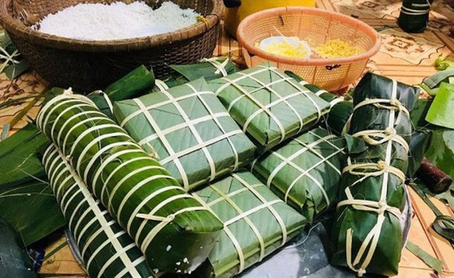 Banh Chung and Banh Tet are an indispensable part of the cultural beauty of the Vietnamese people (Vietnamese New Year)