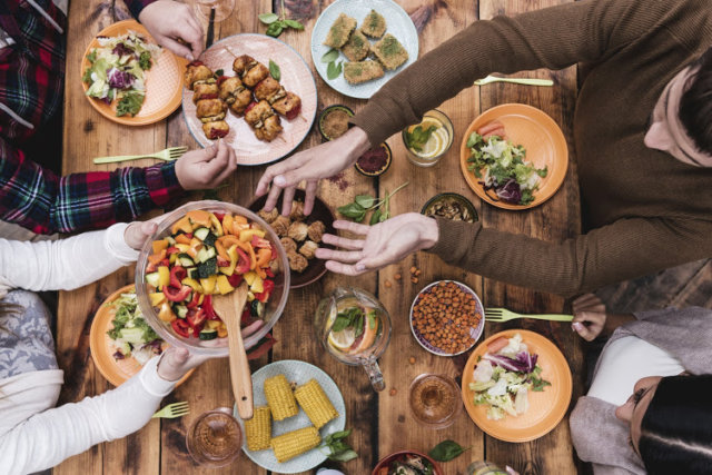 Sharing meals with family members may help improve eating habits: study -  GO! & Express