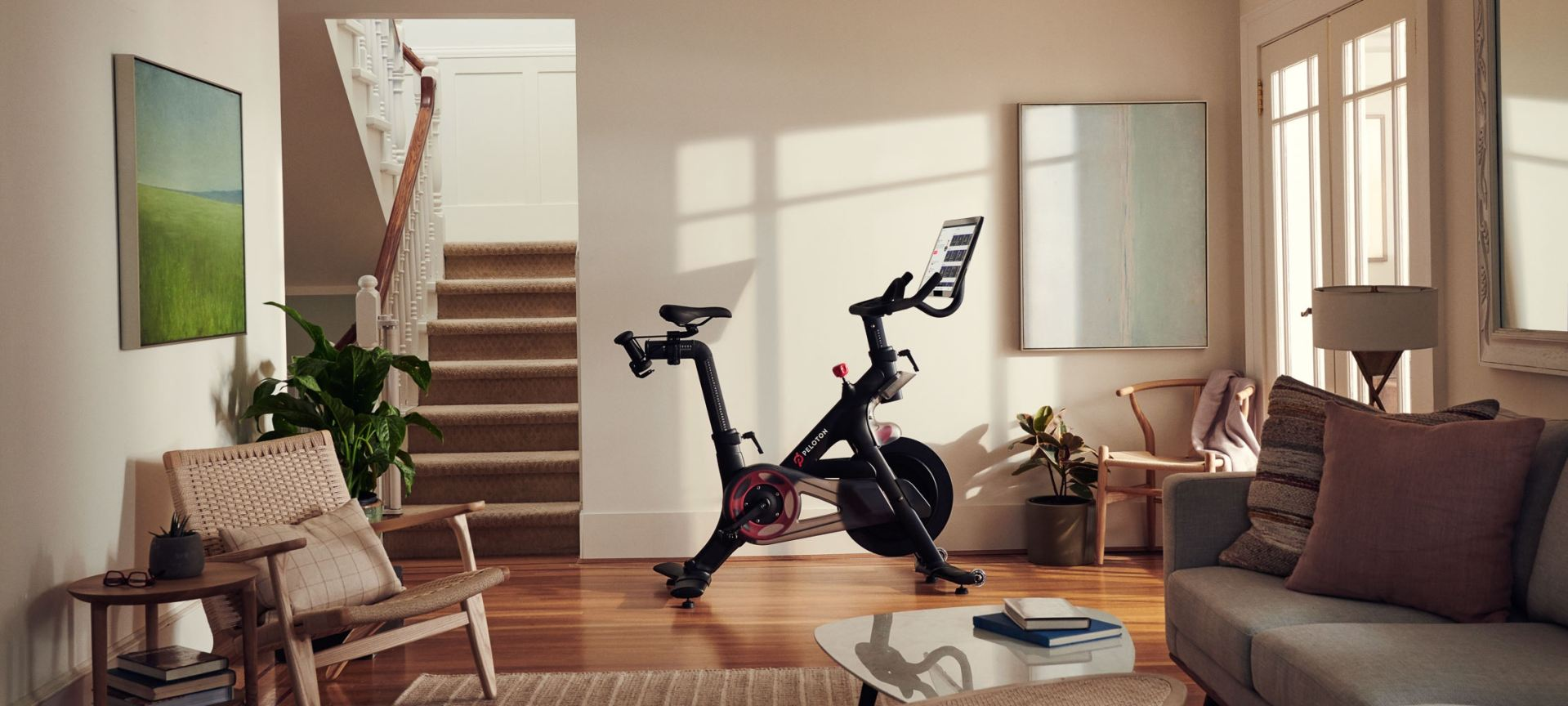 bike-wide-living-room-001-2-2136