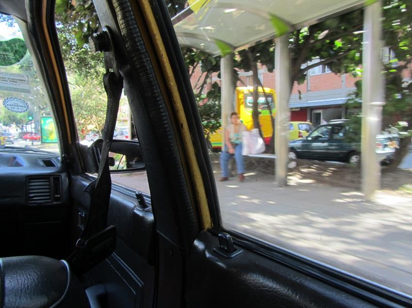 Mit dem Taxi sicher durch Medellín