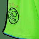 Het nieuwe gifgroene Ajax broekje