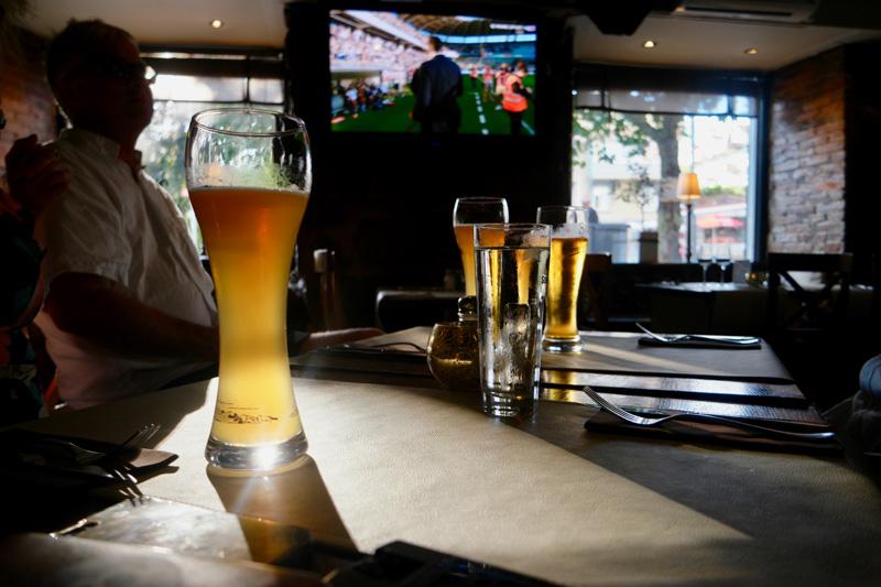 IFK-AIK in de pub
