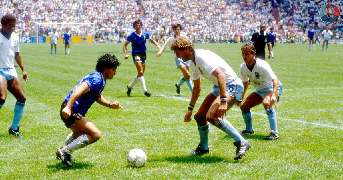 Maradona Zet Aan Voor De Dribbel Van Zijn Leven Tegen Engeland In 1986