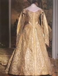 1896 Alexandra Feodorovna's coronation dress   Grand ...