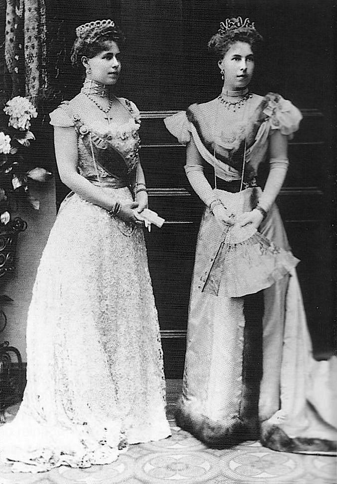 Missy And Her Sister Sandra Of Hohenlohe Langenburg