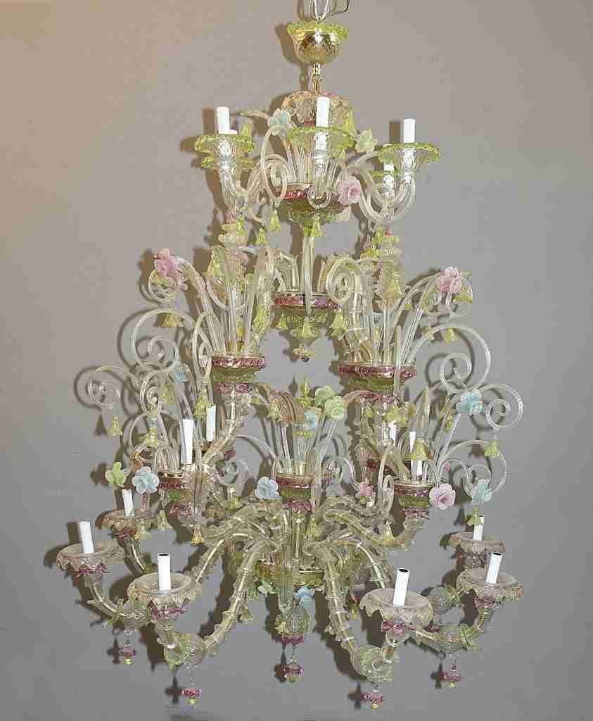 Originale lampadario in vetro d'arte murano venezia con pagliuzze dorate. Grande Lampadario In Vetro Di Murano Policromo Gabriele Gogna