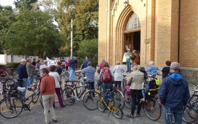 Ein voller Erfolg: Fahrrad-Schiebe-Demo in Gohlis