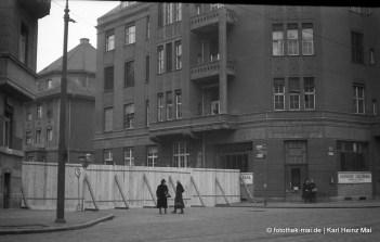 1947 Leipzig, Gohliser-/Ehrensteinstr. Planken sperren Gohlis Straßen für Sowjets