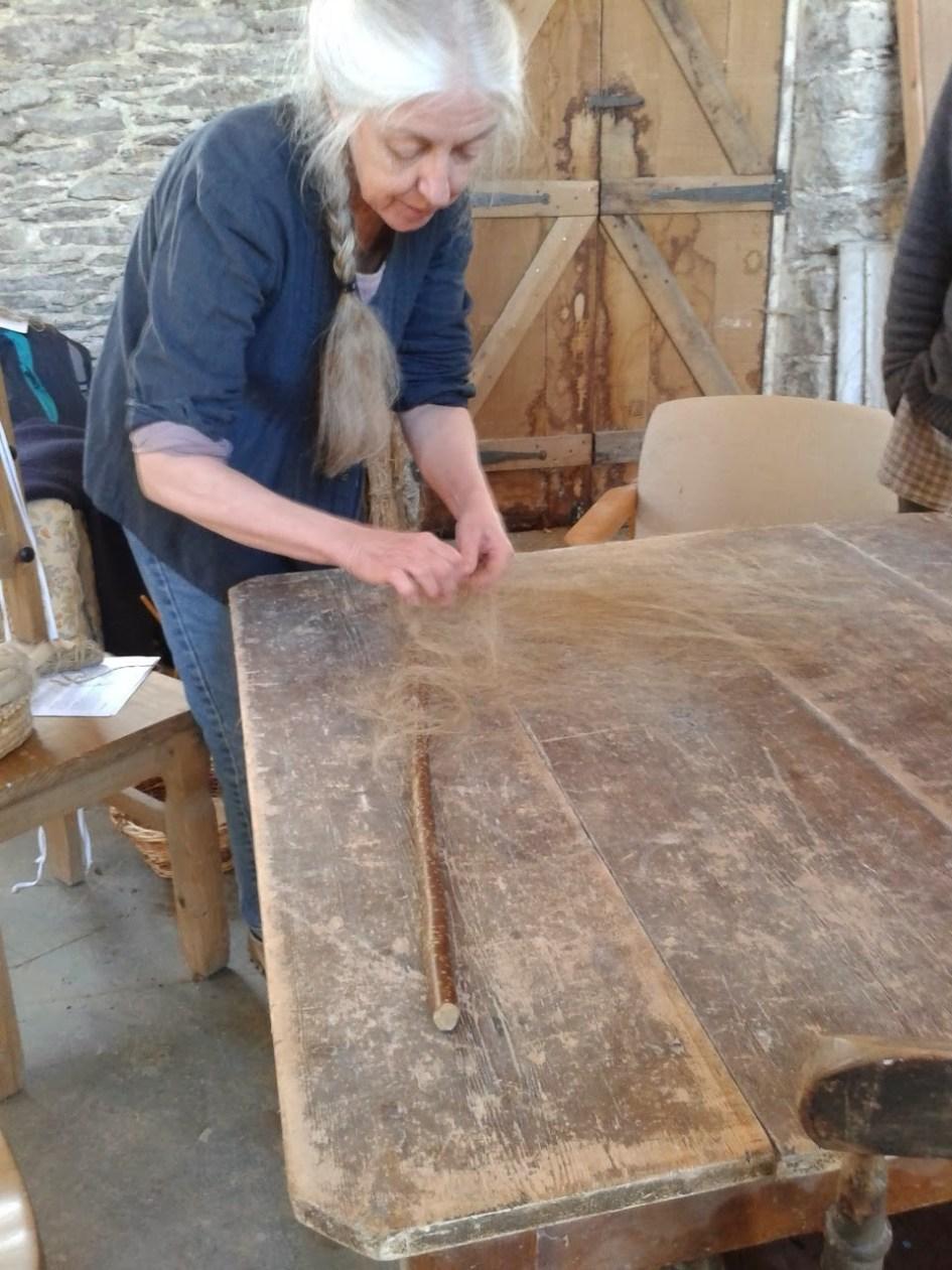 Preparing flax fibres