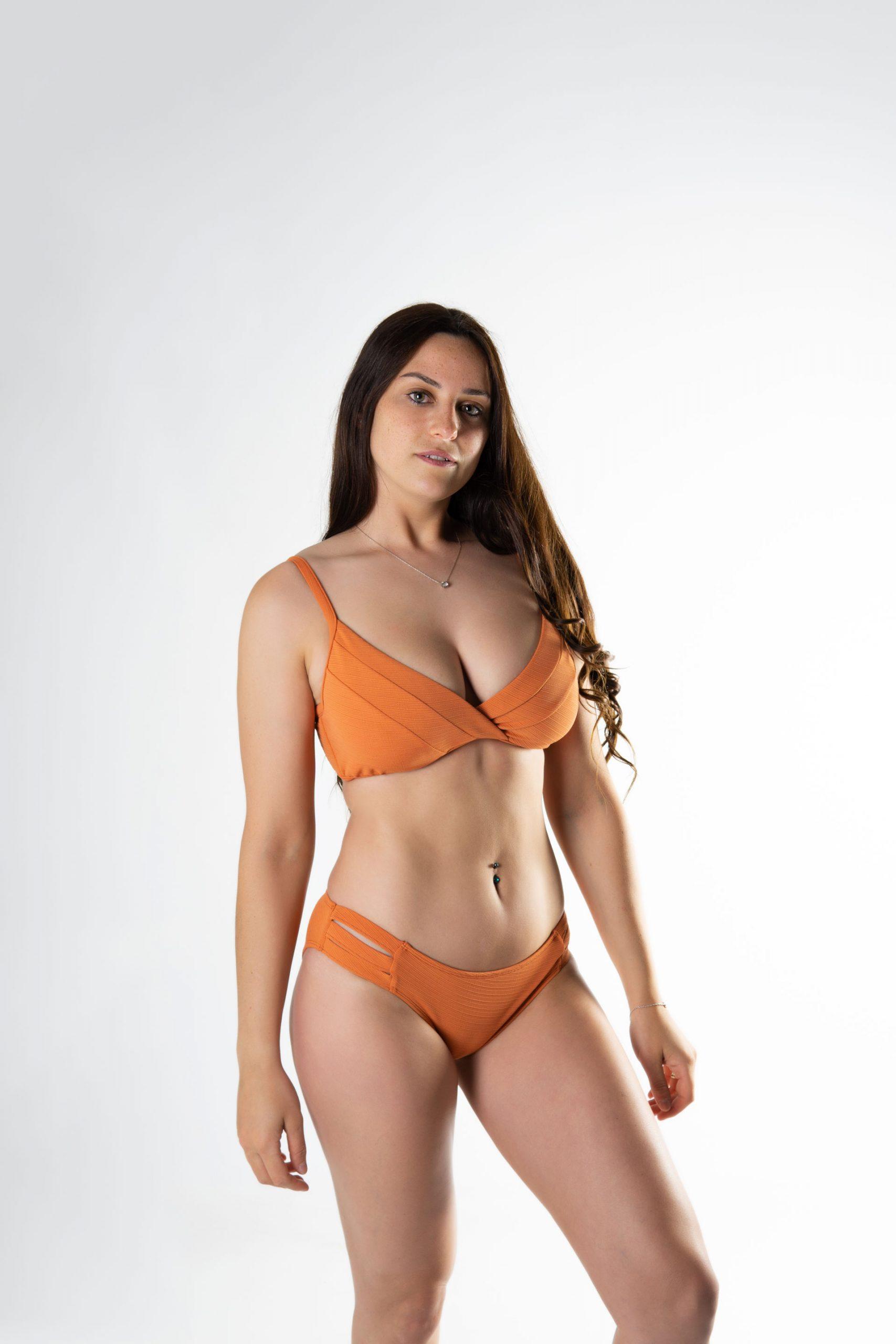 Sujetador triangulo con aro bikini copa D