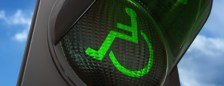 groen stoplicht met rolstoel logo