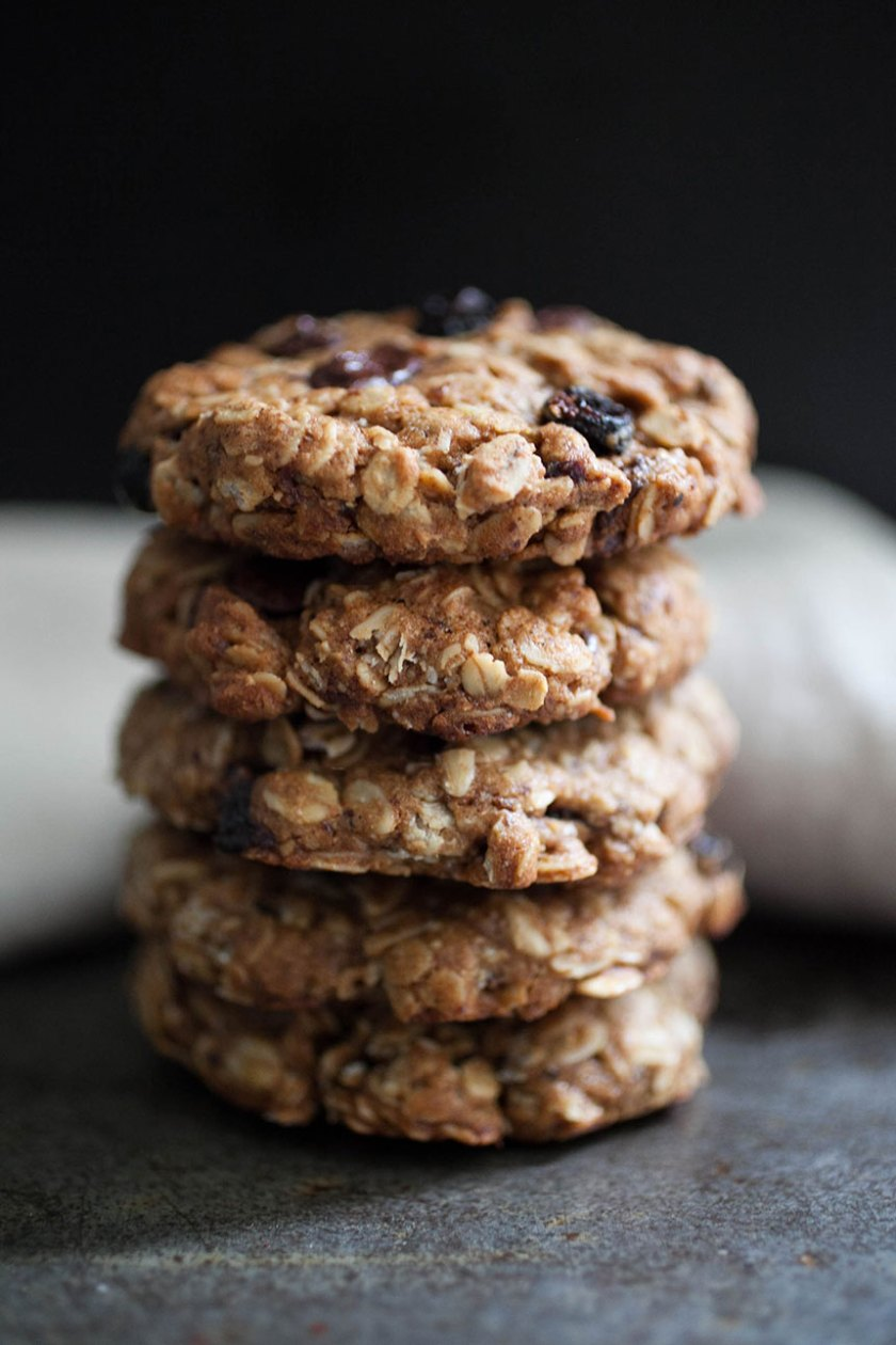 Chocolate Cherry Oatmeal Cookies_11_Gold&Thyme