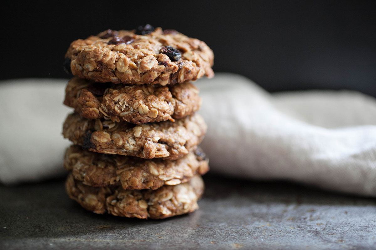 Chocolate Cherry Oatmeal Cookies_1_Gold&Thyme