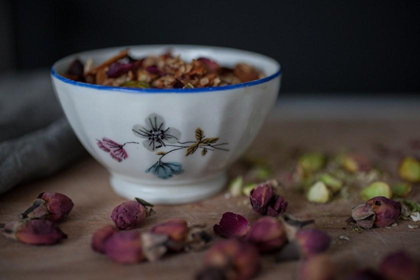 Rose & Pistachio Granola_6_Gold&Thyme