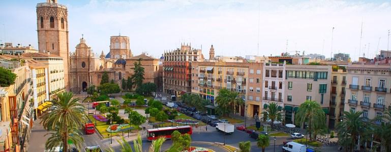 Vista panorámica de la Plaza de la Reina de Valencia - goldcar.es