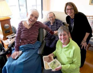 meals on wheels family eating together