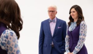 D'Arcy Carden ('The Good Place') deserves at least 5 Emmys for playing multiple 'Janet(s)'