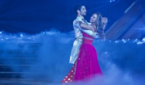 """'Dancing with the Stars"""" Hannah Brown and Alan Bersten sound off on that 7 from Len: 'Grumpy ol' Len'"""