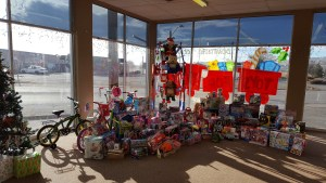 The 161 presents Gold Dust and Walker Farms donated to Klamath Falls Toys For Tots.