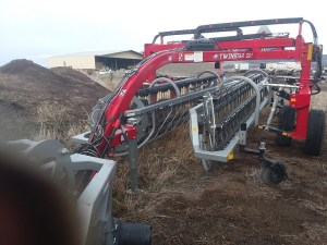 The second used Northstar Attachments Twinstar G3-7 basket hay rakes for sale.