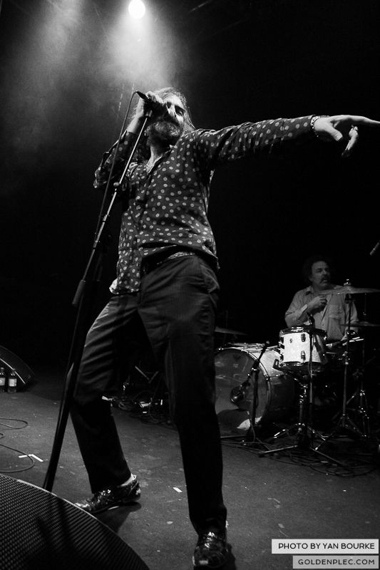 Dirty Three in the Button Factory on 23-11-2012 by Yan Bourke_09