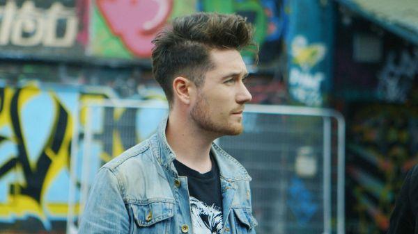 Dan Smith - Bastille Interview