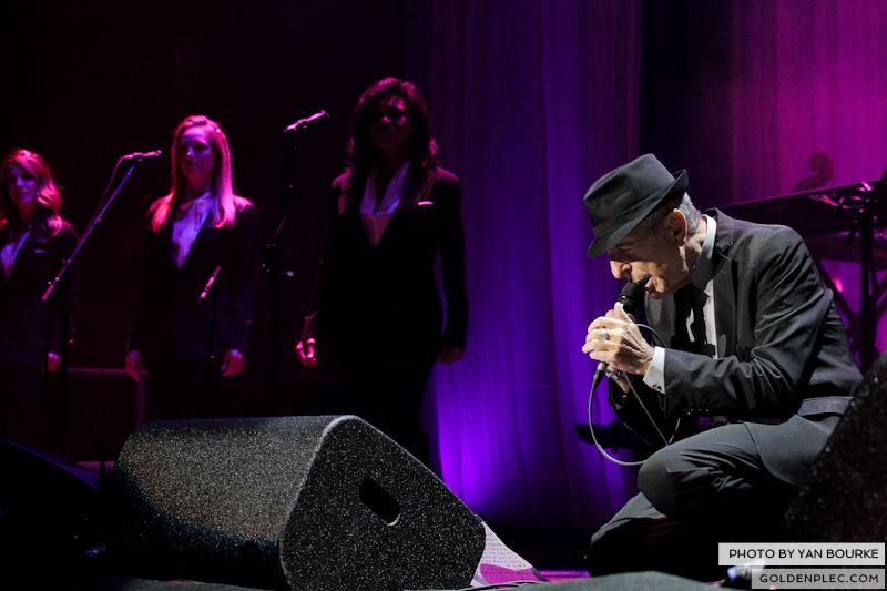 Leonard Cohen In The O2 by Yan Bourke on 110913_03