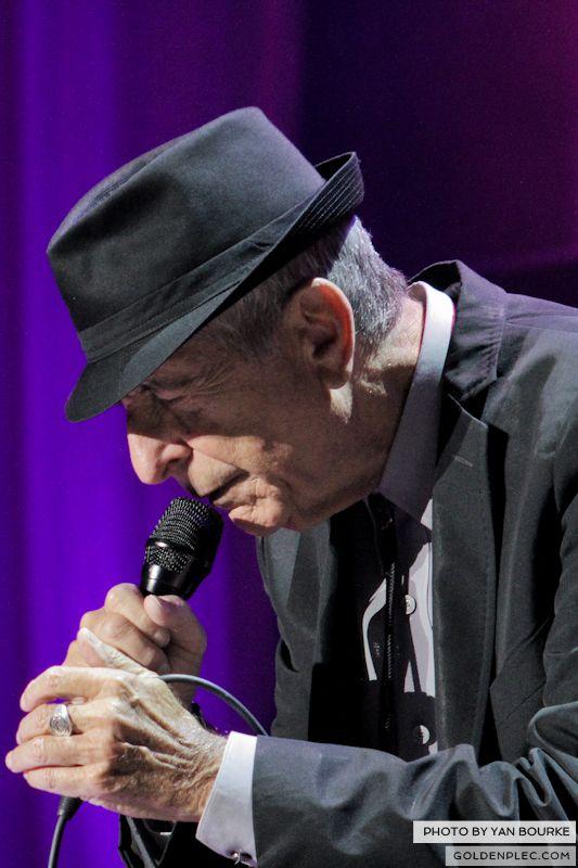 Leonard Cohen In The O2 by Yan Bourke on 110913_04