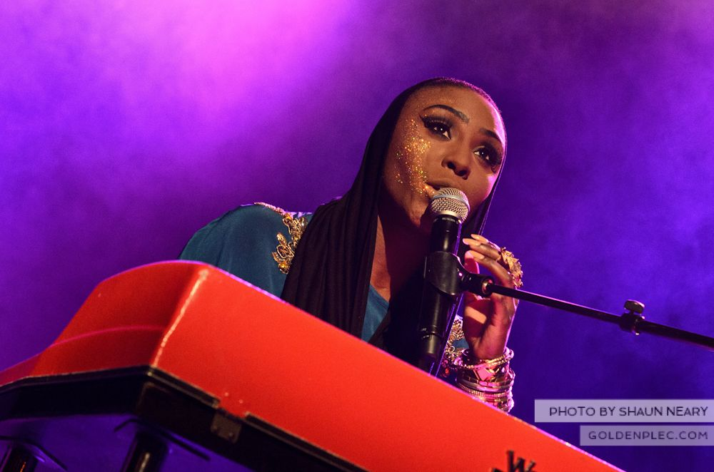 Laura Mvula at The Olympia Theatre on October 12th 2013-05